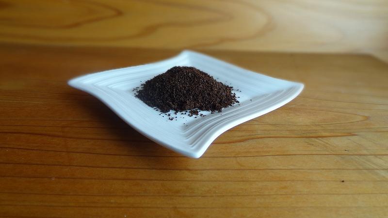 コーヒーかすの消臭剤の作り方①