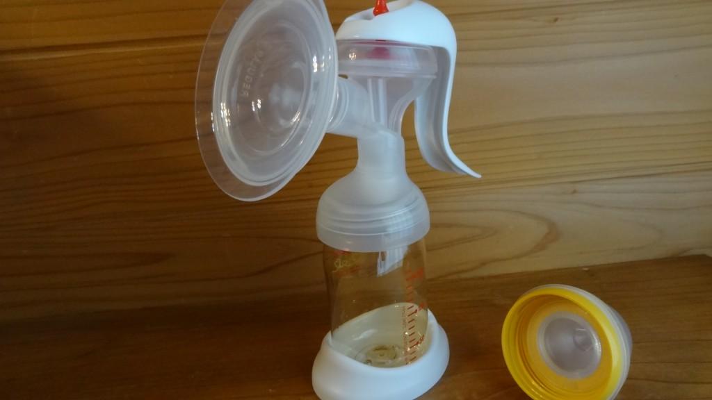 娘の入院中に大活躍の「ピジョン さく乳器手動」の搾乳器