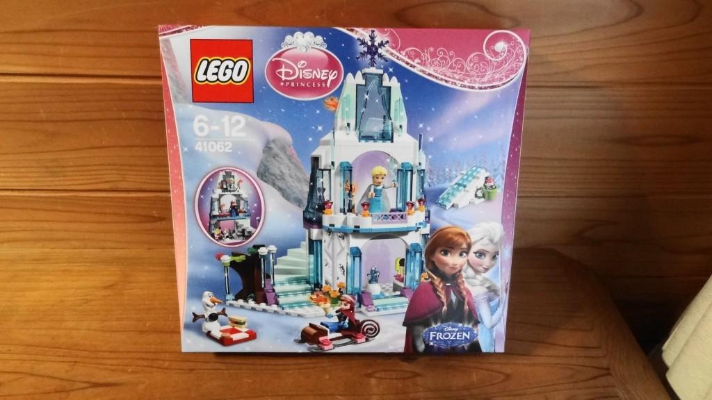 「レゴ ディズニー・プリンセス エルサのアイスキャッスル」(1)