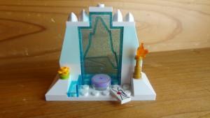 エルサのお城の最上階部分のできあがり(2)