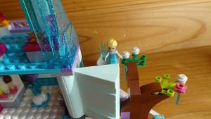 エルサ&お城のらせん階段(実際のの写真)(1)