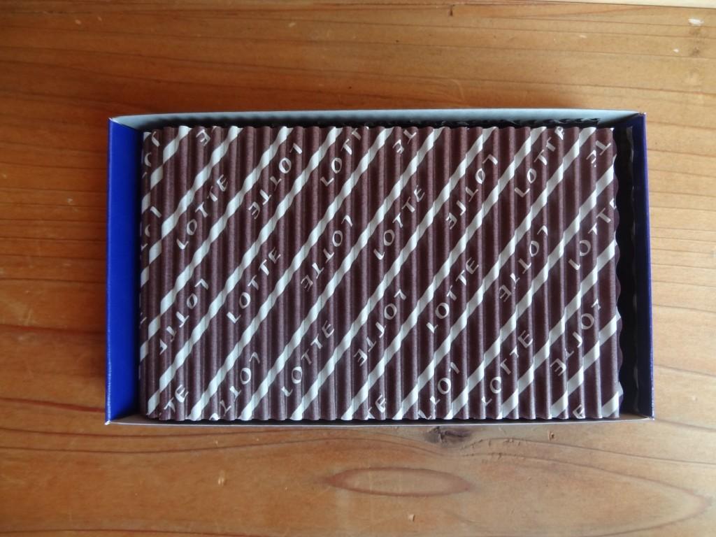 ロッテの「乳酸菌ショコラアーモンドチョコレート」(5)
