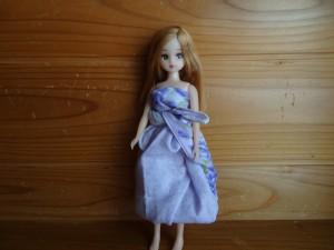 「ハンカチまきまきドレス」(1)