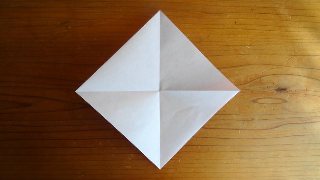 <簡単なハートの折り方>1,(4)