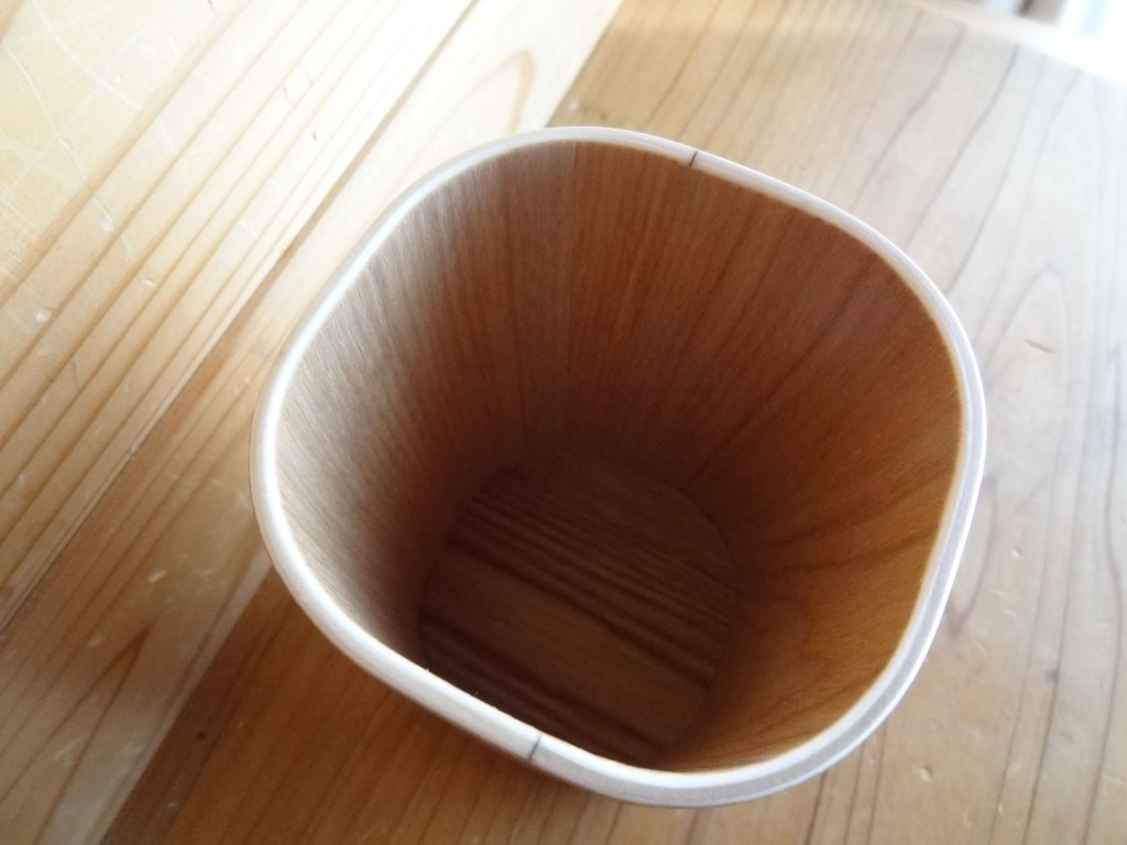 無印良品の「木製スタンド」(3)