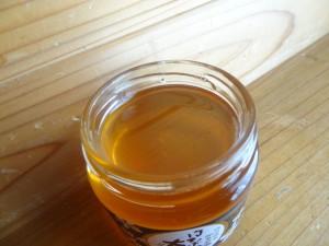 松平養蜂場の「はちみつ太良(タロー)」(3)