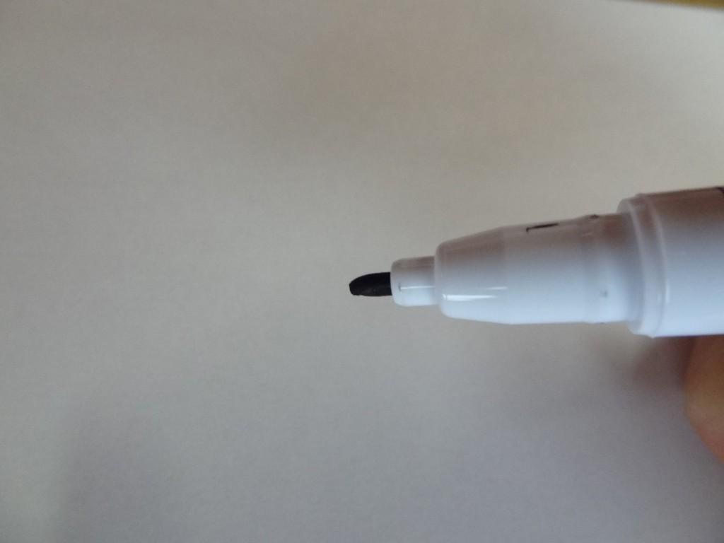 無印良品の「おえかきペン・陶磁器用」(6)