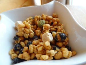 日清シスコの「ごろっとグラノーラ充実大豆」(4)