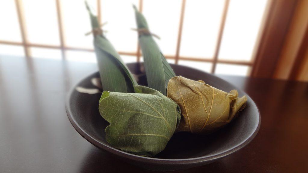 茜庵のちまき,かしわ餅(2)
