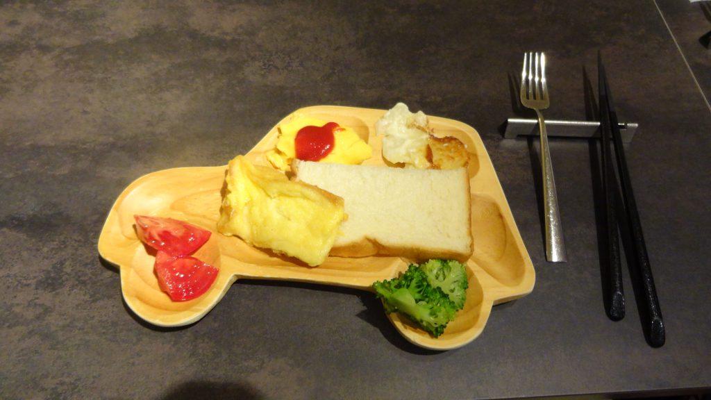 朝食ビュッフェ(4)