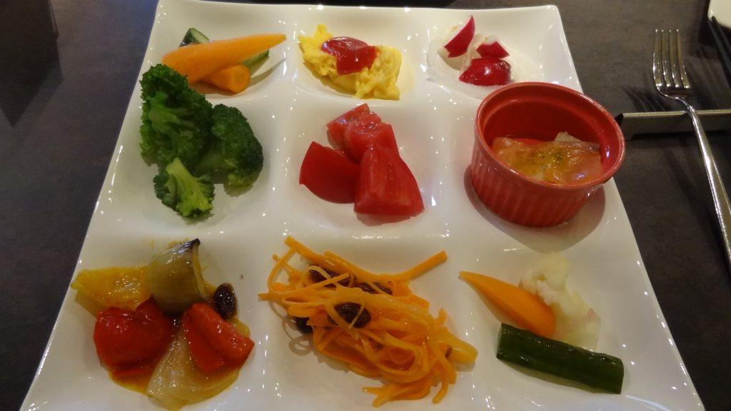 朝食ビュッフェ(3)