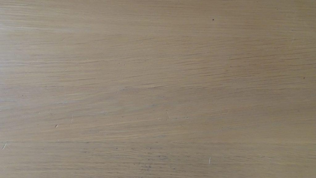 「テーブルにマジックで落書き事件」(9)