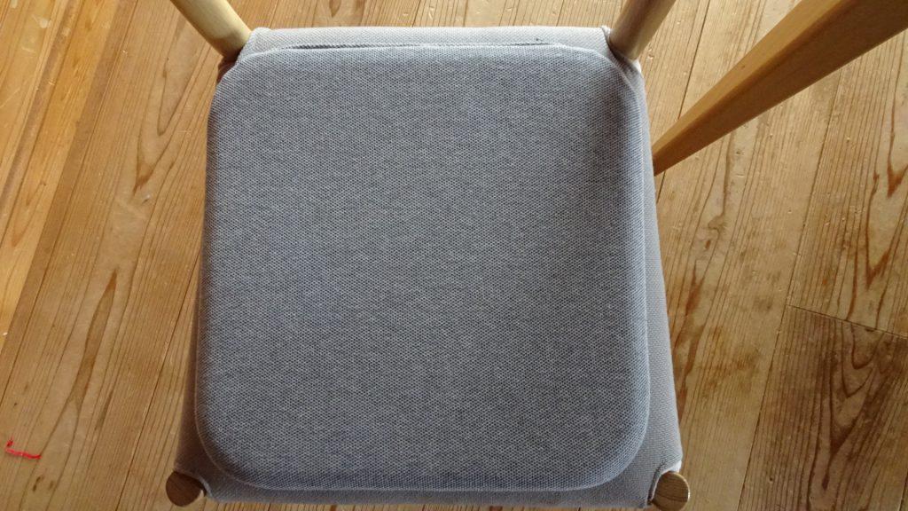 無印良品の「ウレタンフォーム低反発シートクッション角型杢グレー」(9)