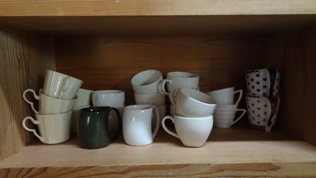 我が家の食器棚の一部