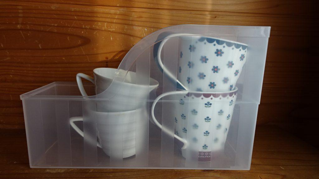 ファイルスタンドを食器の収納に使用(4)