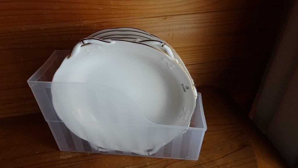 ファイルスタンドを食器の収納に使用(9)